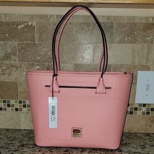 NWT Beacon Slip Tote Pale Pink